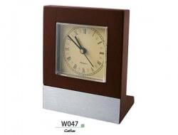 ساعت چوبی رومیزی W047